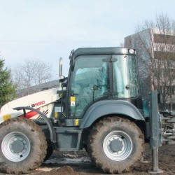 Terex TLB990 за Мадара-Транс